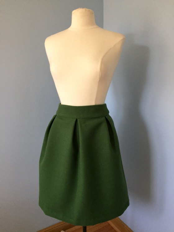 Design Your Own Pleated Skirt Tutorial-- jenniferrobertusdesign
