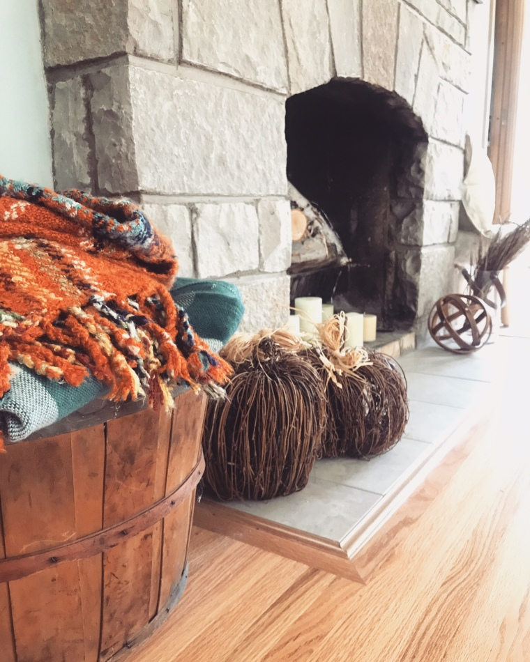 Fall Decorating Ideas | Style & the Suburbs