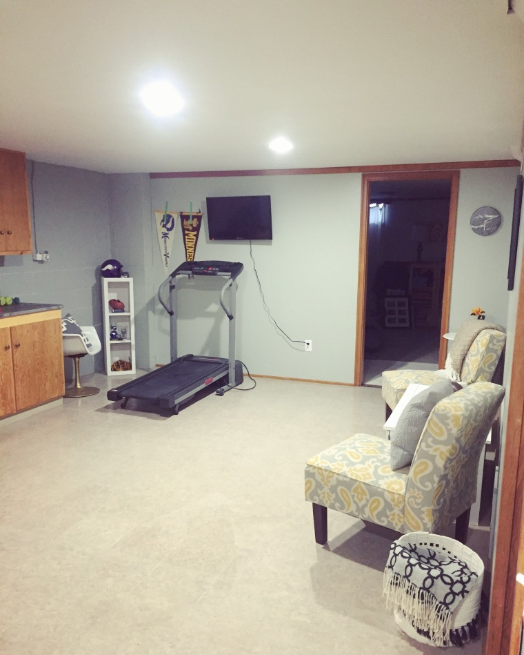 5 Inexpensive Items for Creating a Home Gym | Style & the Suburbs