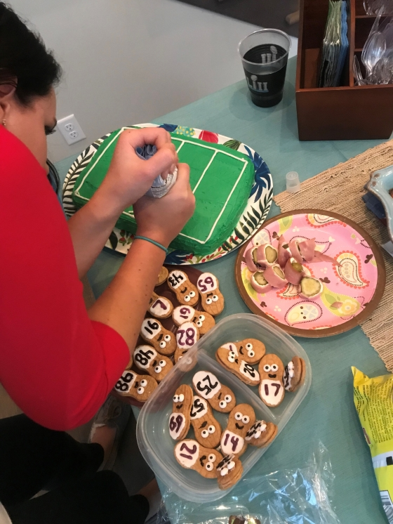 Touchdown Football Sports Field Cake DIY   Style & the Suburbs