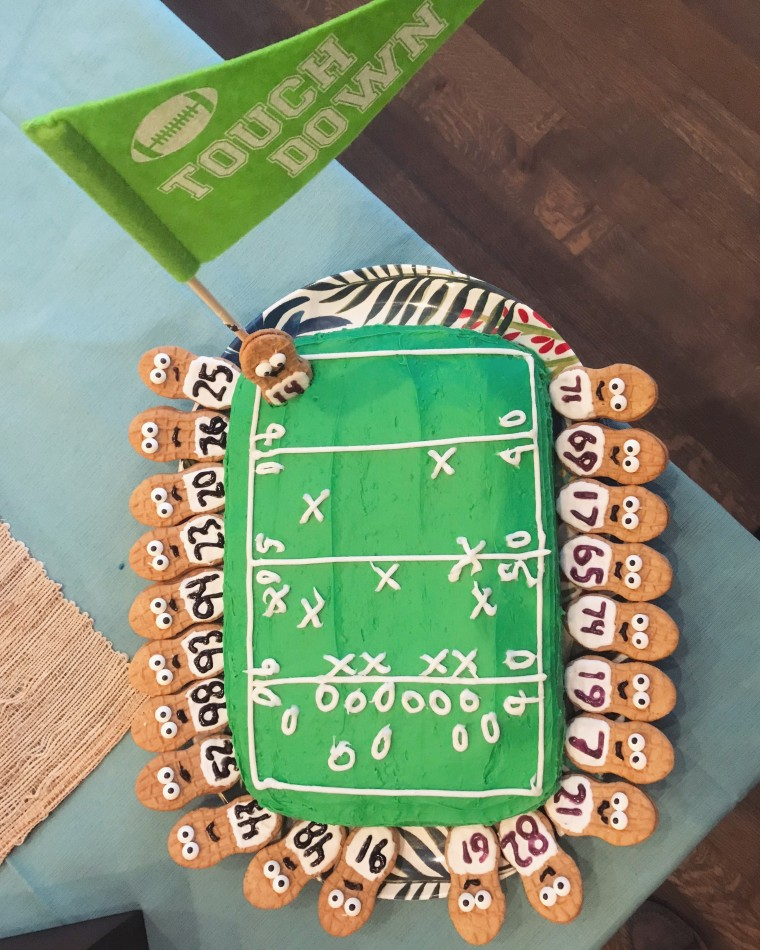 Touchdown Football Sports Field Cake DIY | Style & the Suburbs