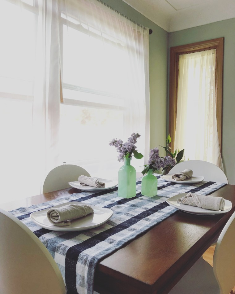 5 Tips for Setting a Simple, Stylish Table | Style & the Suburbs