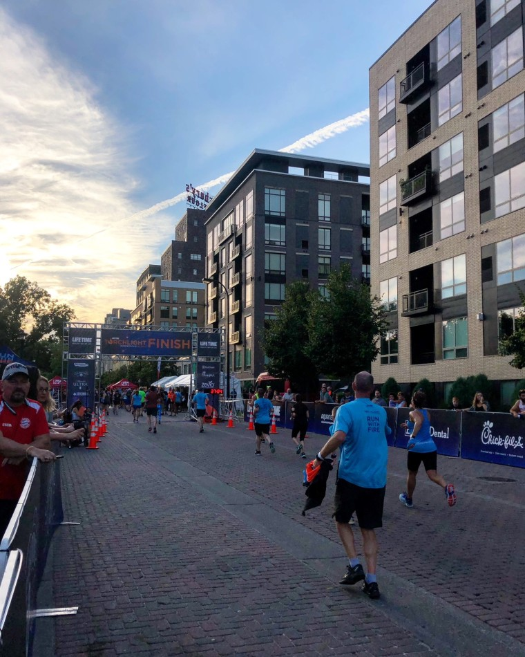 Torchlight 5k Race Recap | Style & the Suburbs