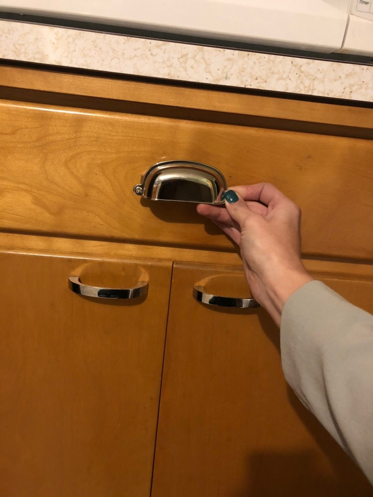 Finding New Kitchen Hardware   Style & the Suburbs
