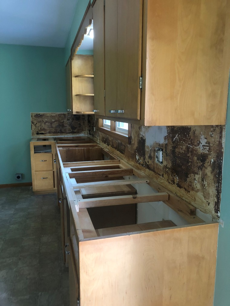 New Countertop Installation | Style & the Suburbs
