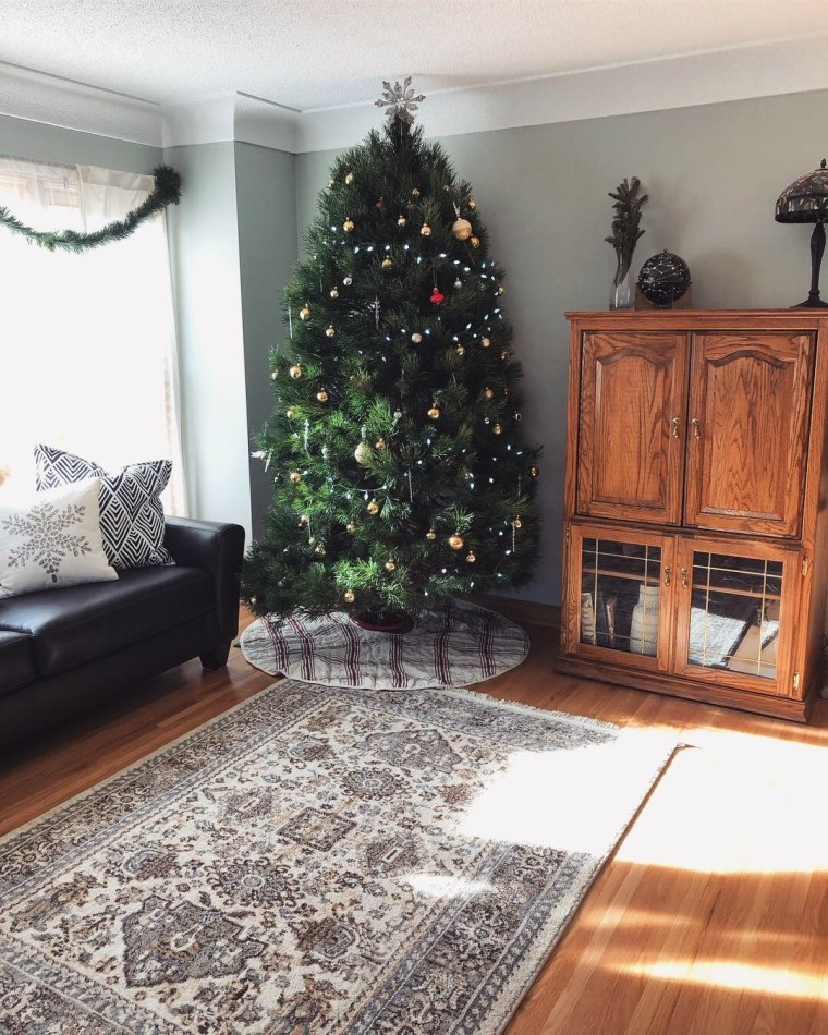 My 2019 Christmas Tree | Style & the Suburbs