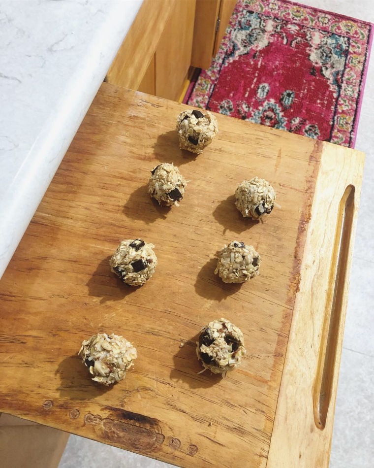 Easy Pantry Ingredient Energy Balls | Style & the Suburbs