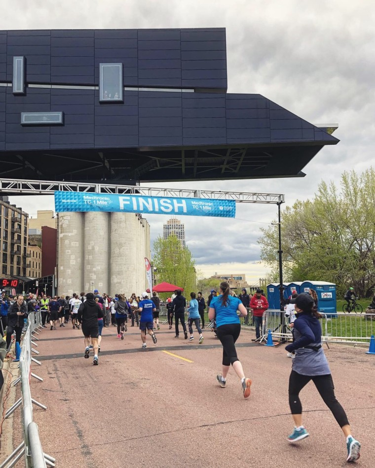 Twin Cities One Mile 2019 Race Recap | Style & the Suburbs