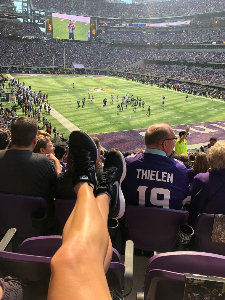 A First Timers Guide to NFL Games | Style & the Suburbs