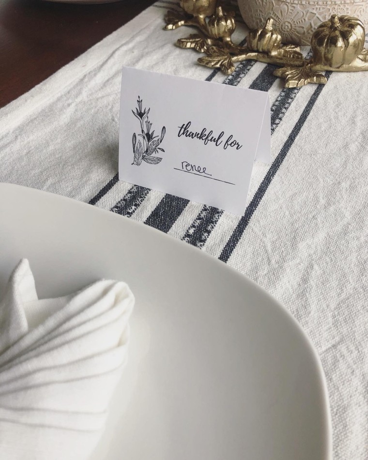 Free Printable Thanksgiving Place Card Holders | Style & the Suburbs