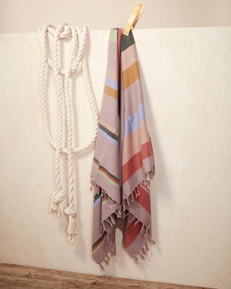 towel_honeydew_styled_800x